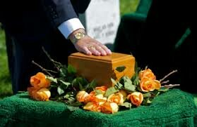 Cremation: The Advantages and Disadvantages